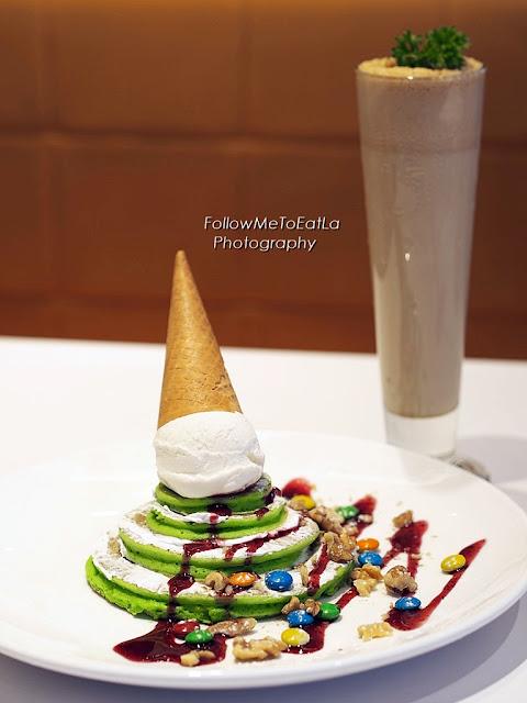 Santa's Favourite Pancake RM 15.90