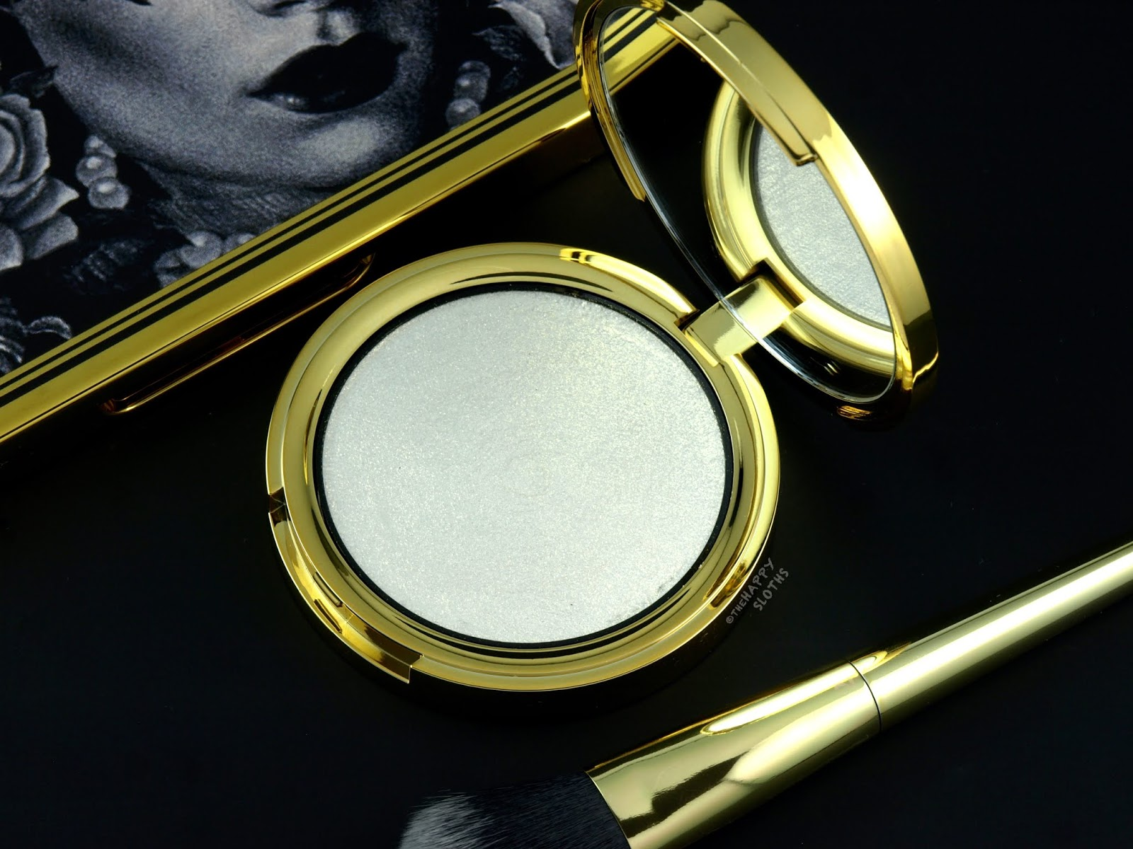"Kat Von D | 10th Anniversary Metal Crush Extreme Highlighter in ""Gold Skool"": Review and Swatches"