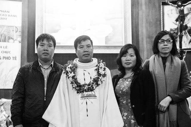 Lễ truyền chức Phó tế và Linh mục tại Giáo phận Lạng Sơn Cao Bằng 27.12.2017 - Ảnh minh hoạ 241