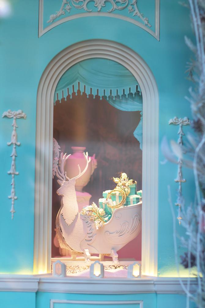 Travel Pretty Tiffany Amp Co Christmas Windows 2015 The