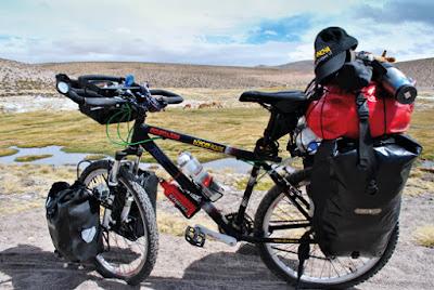 Dónde se genero cicloturismo