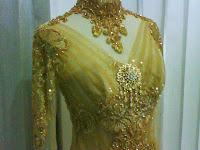 Baju Kebaya Pengantin Resepsi Warna Corak Emas