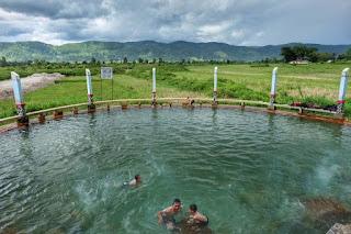 pemandian air soda di desa parbubu kecamatan tarutung