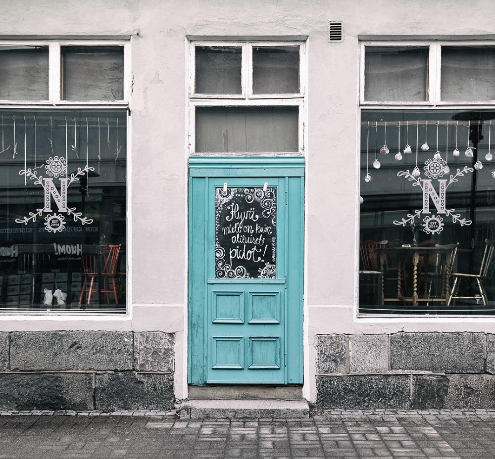 Pohjanmaa, Kokkola, suomi, ovi, turkoosi, valokuvaus, valokuvaaja Frida Steiner, Frida S Visuals, Visualaddict, kaupunki, Pohjanmaa