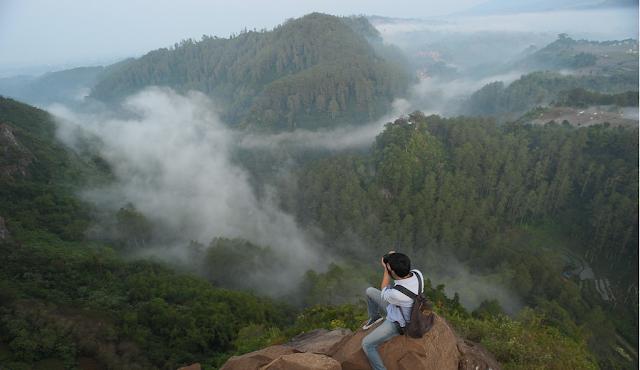 Tebing keraton, wisata alam di dago bandung