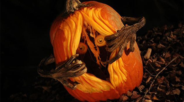 Scary Pumpkin With Stem Hands