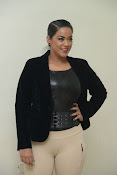 Mumaith Khan latest sizzling photos-thumbnail-6