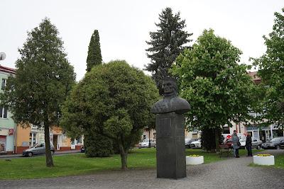 Leżajsk rynek popiersie Władysława Jagiełły