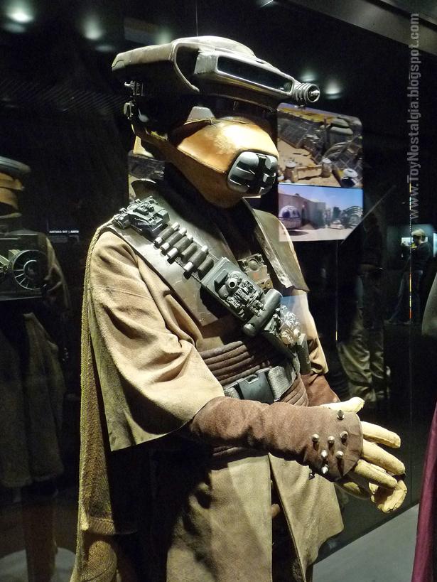 "Vestuario de Leia en traje de Boushh  ""Episodio VI - The Return Of the Jedi""  (STAR WARS - The Exhibition)"