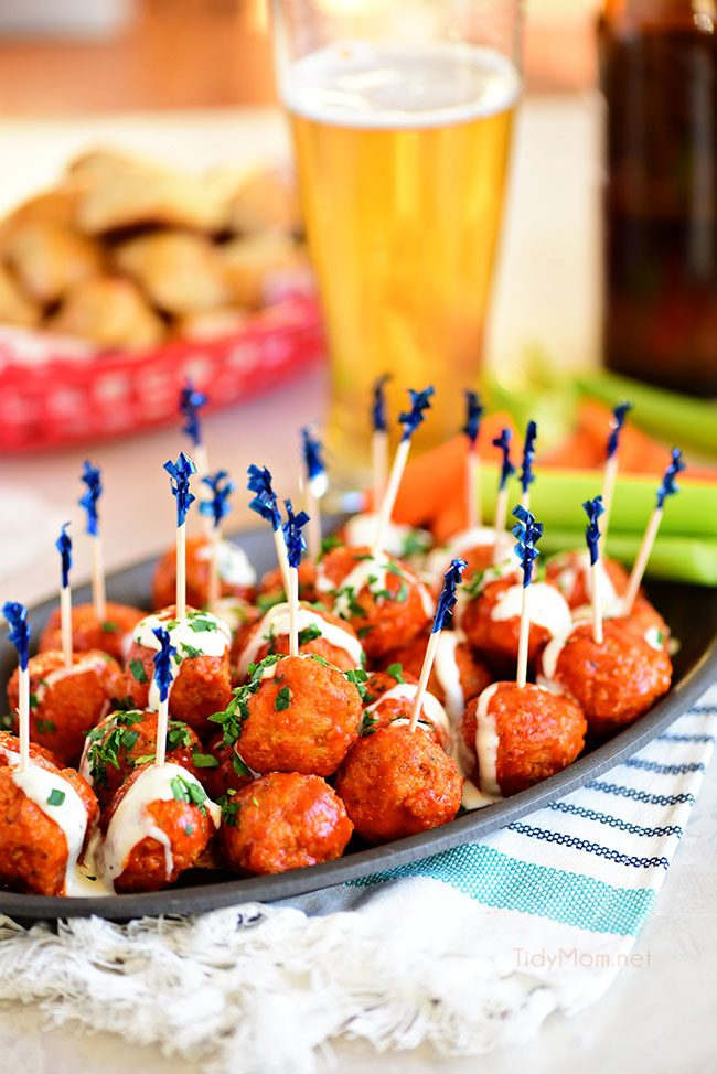 Everything you need for game day, all in one place! Amazing recipes, fantastic printables, and fun party ideas to boot!