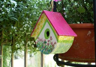 Vogelhäuschen 3 - verziert mit Washi-Tapes, Acrylfarbe und Tombows
