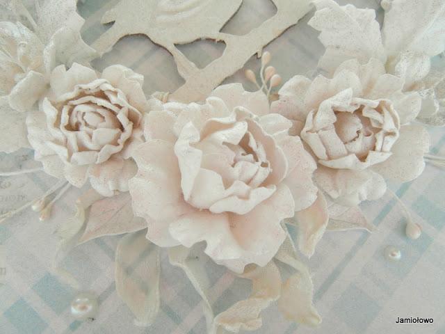 kwiaty z papieru własnoręcznie robione