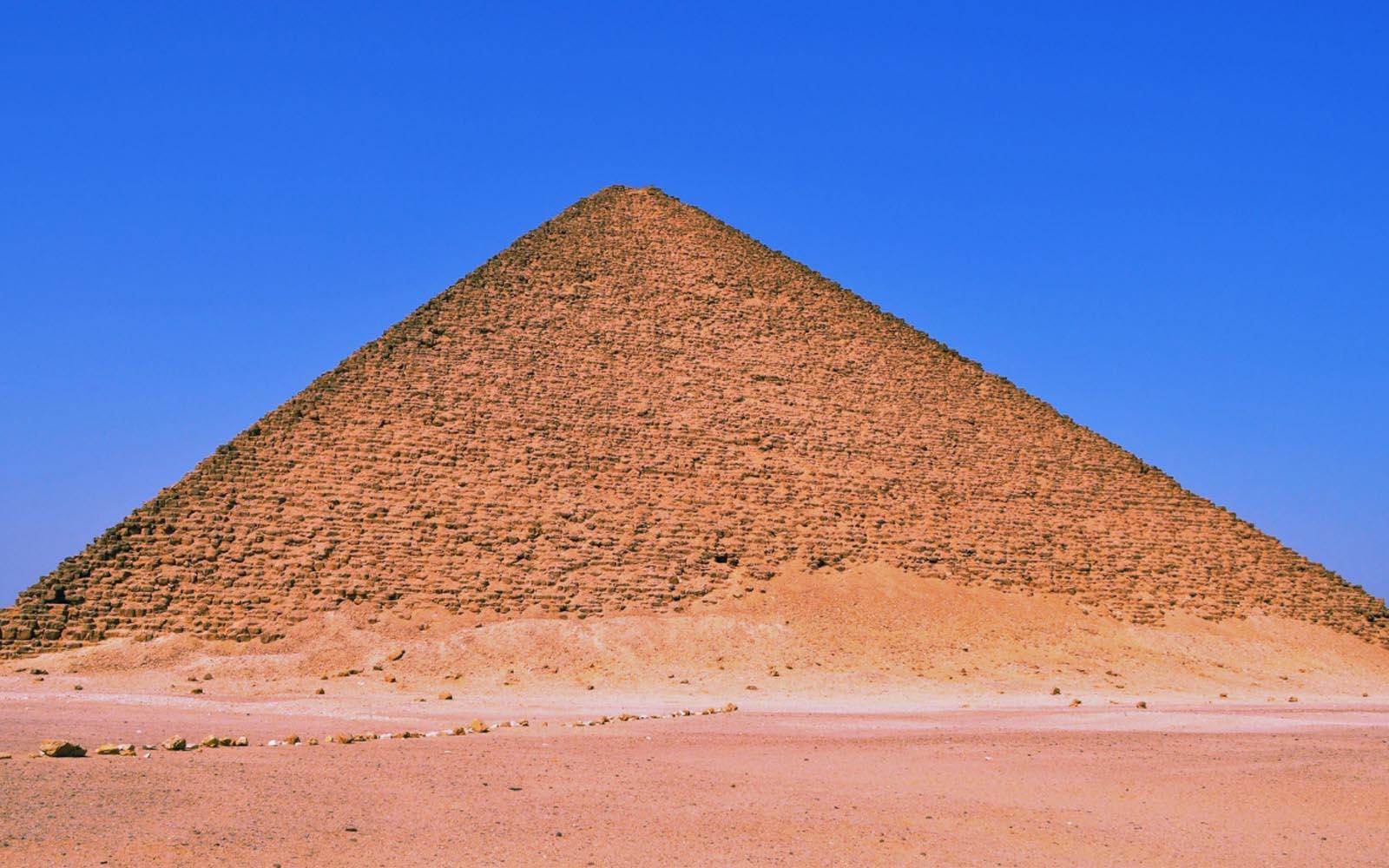 pyramid background-#20