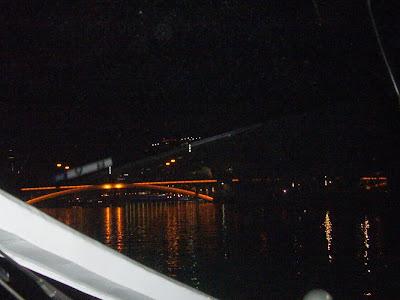 光の水都ルネサンスクルーズ・中之島ローズボート