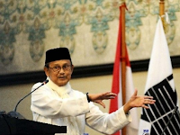Pidato BJ Habibie ini Menghebohkan Jerman dan Membuat Bangga Umat Islam Indonesia