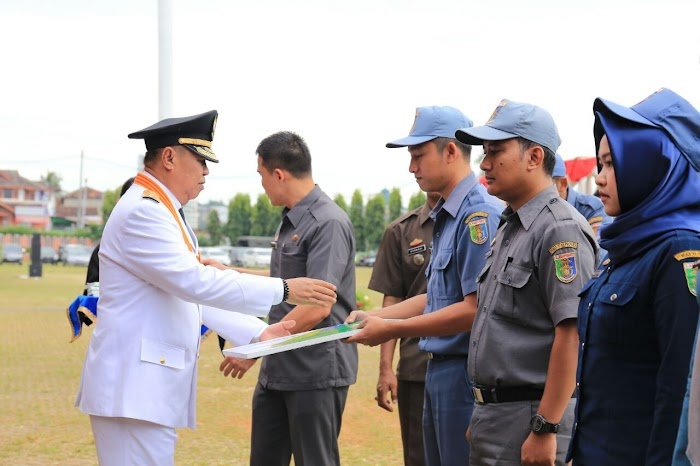 Wakil Gubernur Lampung Pimpin Upacara HUT Provinsi Lampung Ke 53.