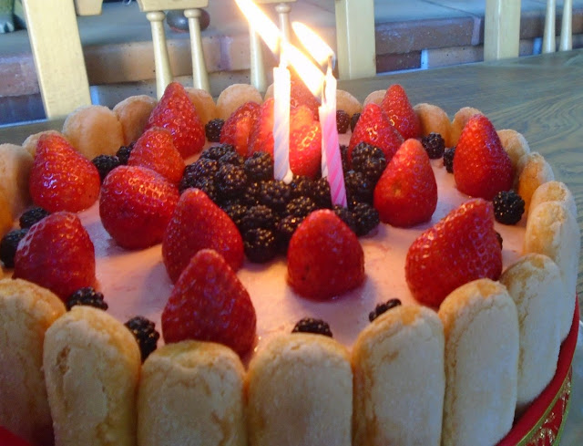 Charlotte Cake de fresas