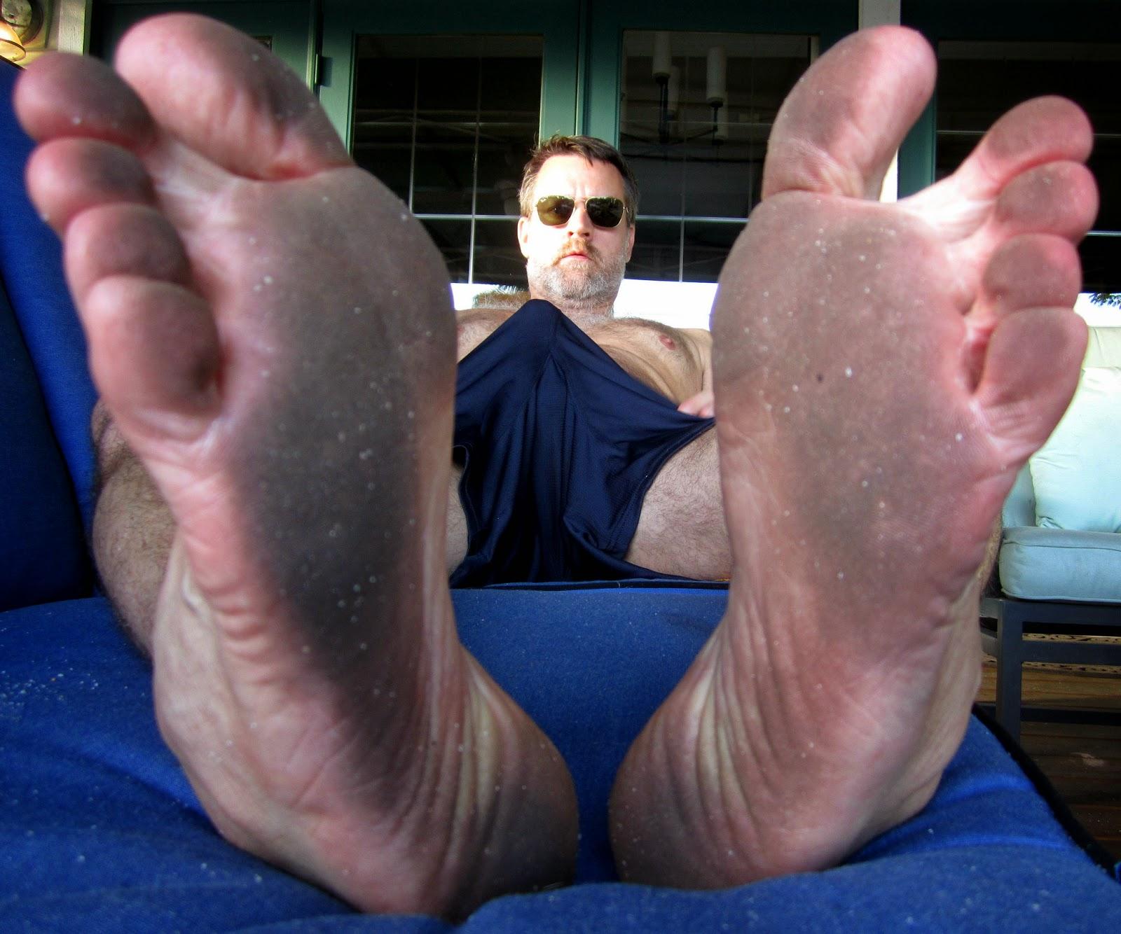 Mature men feet