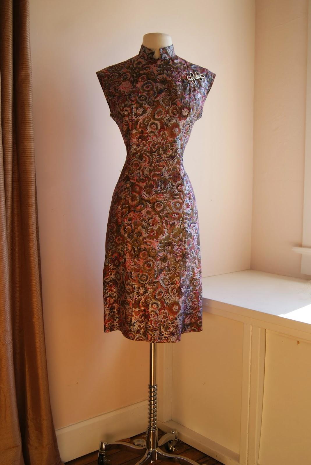 ff2d84d3553d Vintage 1950s Alfred Shaheen Cheongsam style metallic print dress, waist  30
