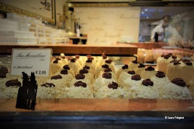 """um """"Merveilleux"""" é um doce de origem belga muito popular no norte da França"""
