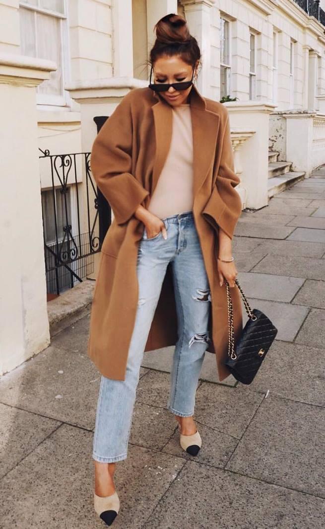 comfy outfit / brown coat + top + jeans + bag + heels