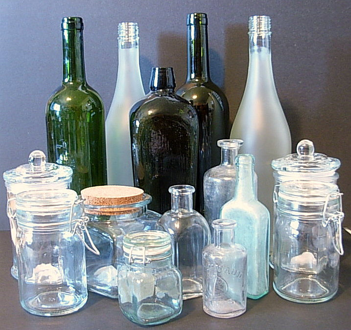 Deck The Holiday S Diy Homemade Apothecary Jars
