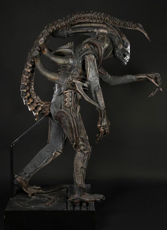 Aliens movie creature costume