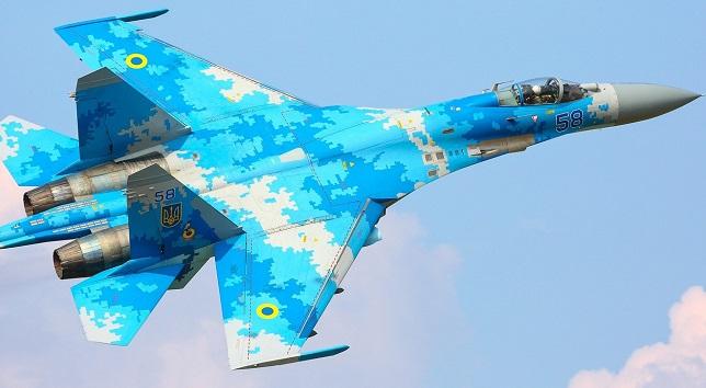 Ρωσικό Su-27 αναχαίτισε αεροσκάφος των ΗΠΑ πάνω από τη Μαύρη Θάλασσα (Βίντεο)