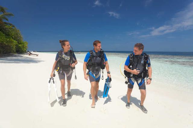 Tauchen Malediven (C) Hotels und Diving Center Werner Lau