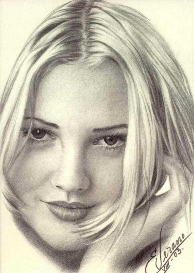 Рисунки карандашом. Elia Verano 12