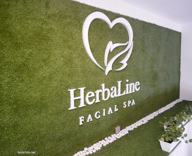 A review on my Jade Stone Accupressure Body Massage at HerbaLine Facial Spa will be on my next post!