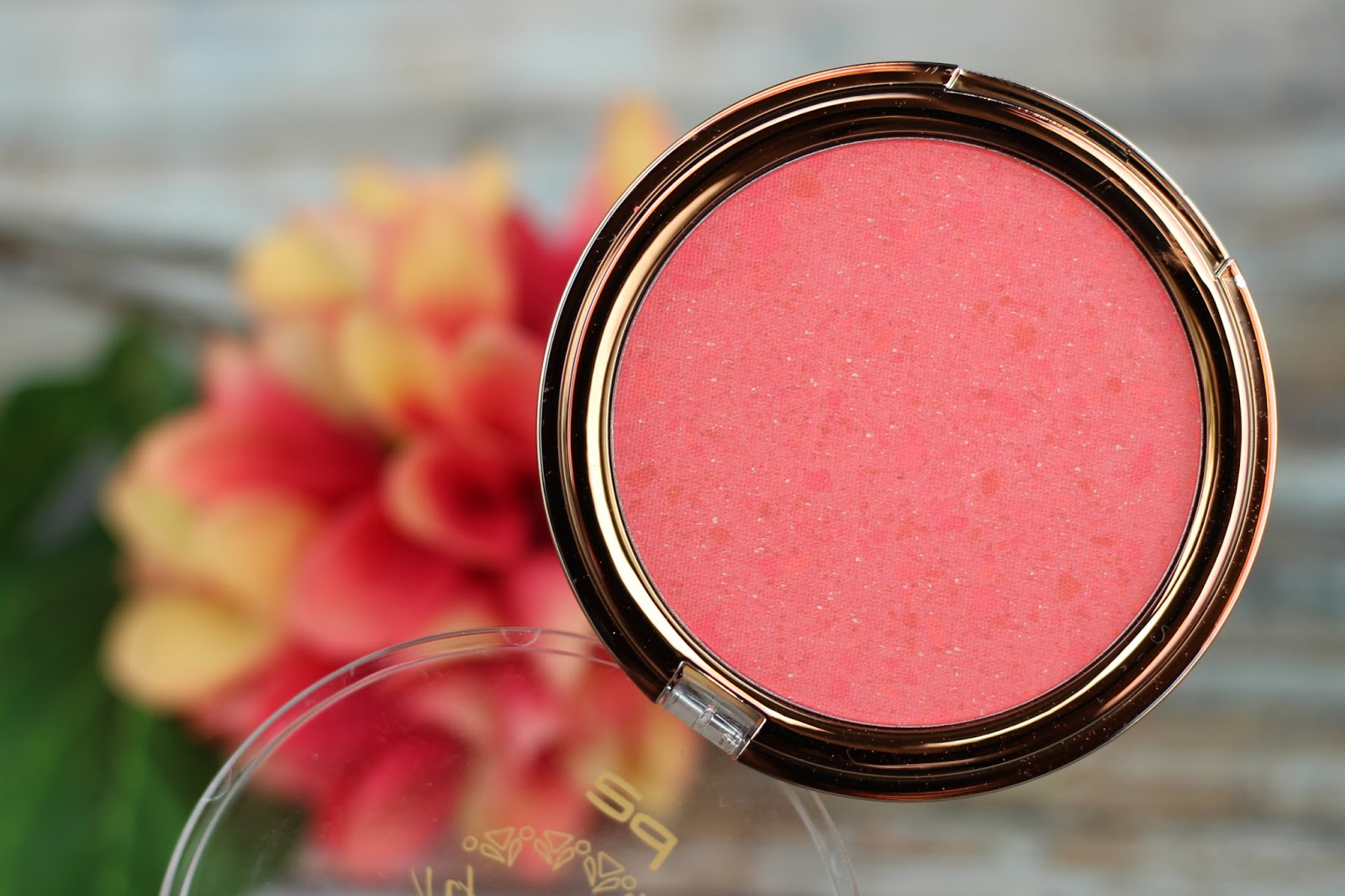 2016, augenbrauen gel, beauty, beauty mosaic blush, beauty voyage, color fusion lipstick, cosmetics, dm drogeriemarkt, drogerie, farbtrends, le, limited edition, nagellack, p2, review, swatches, tragebilder,