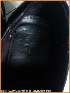 Kusyen kasut lelaki berjenama Pratik tidak menyokong kaki dengan baik