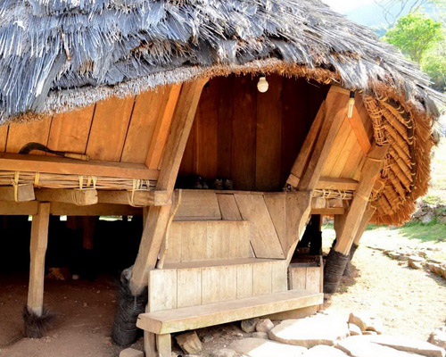 www.Tinuku.com Seven stilts houses Mbaru Niang in Wae Rebo highlands village has independent architectural style