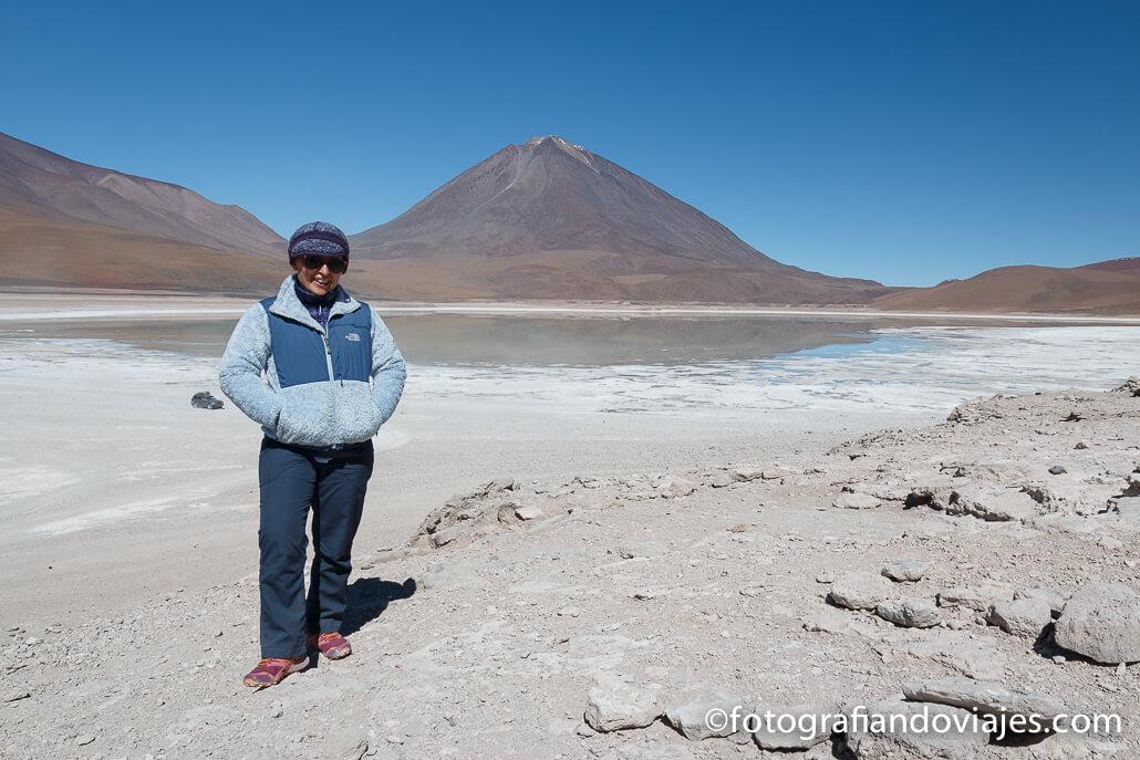 Laguna Verde y Licancabur Parque Eduardo Avaroa Bolivia