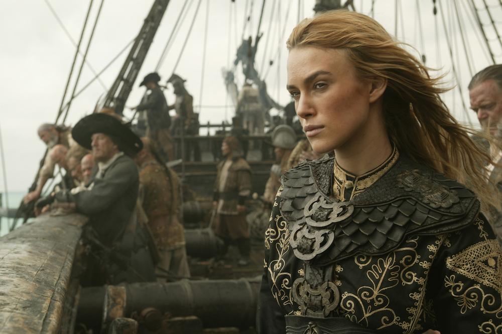 wanita yang jadi bajak laut Keira Knightley (Elizabeth Swann)