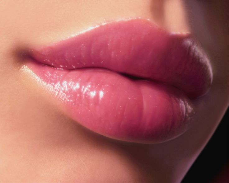How to Get Plumper Lips Without Fillers