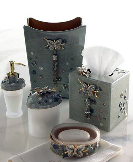 decorative bathroom accessories