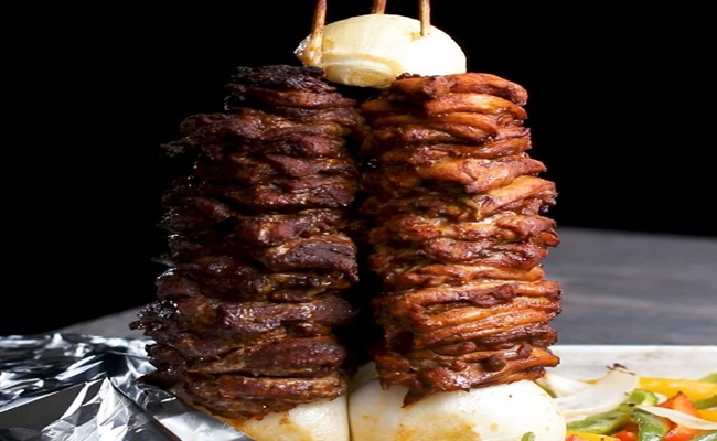 Churrasco Grego 3 Sabores ou Döner kebab