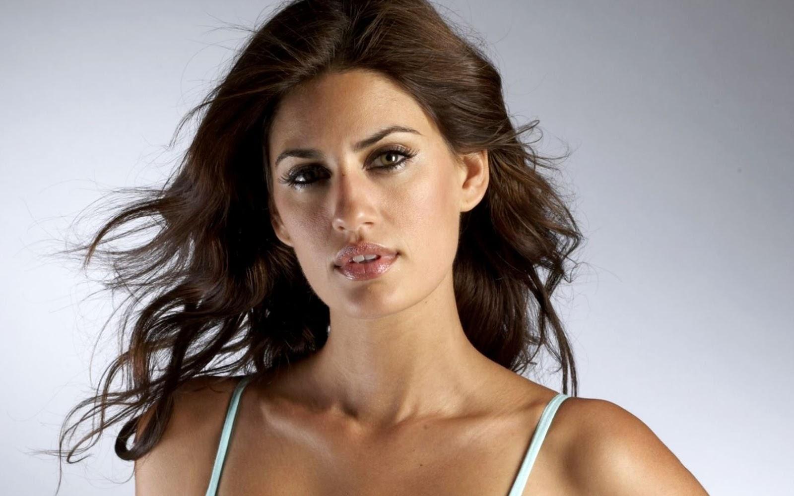 10 Wanita Tercantik Di Timur Tengah Yang Sangat Mempesona Dunia