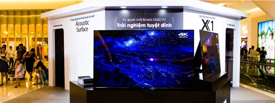 Trải nghiệm kỳ quan BRAVIA OLED TV đẳng cấp cùng Lý Quí Khánh và Yến Trang