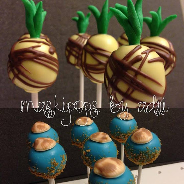Pineapples and Seashell Cake Pops by MaskiPops.by.Adri