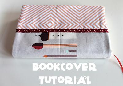 http://peixe-aranha.blogspot.pt/2017/09/fabric-bookcover-tutorial-tutorial-para.html