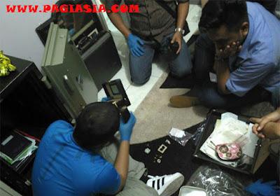 2 Senpi Aa Gatot Brajamusti Didapatkan dari AS, Eks Pejabat BPPN