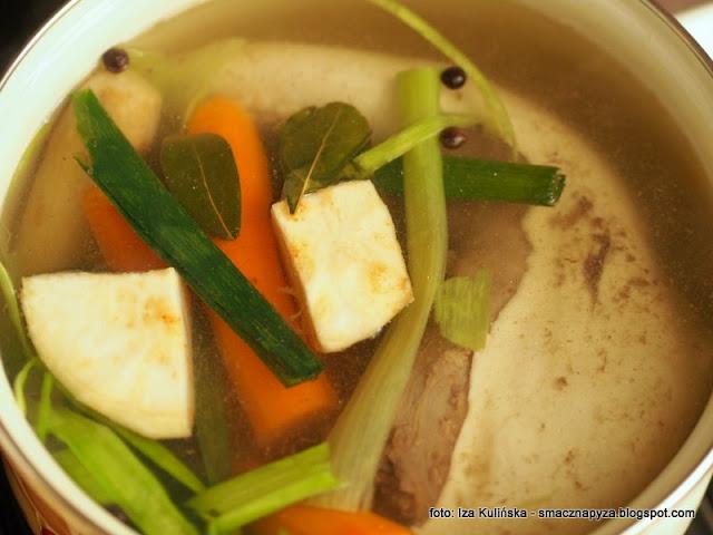 wolowina, mieso gotowane, jak ugotowac ozora wolowego, piata cwiartka, mieso gotowane, miesa