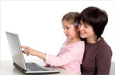 mengawasi anak bersosial media