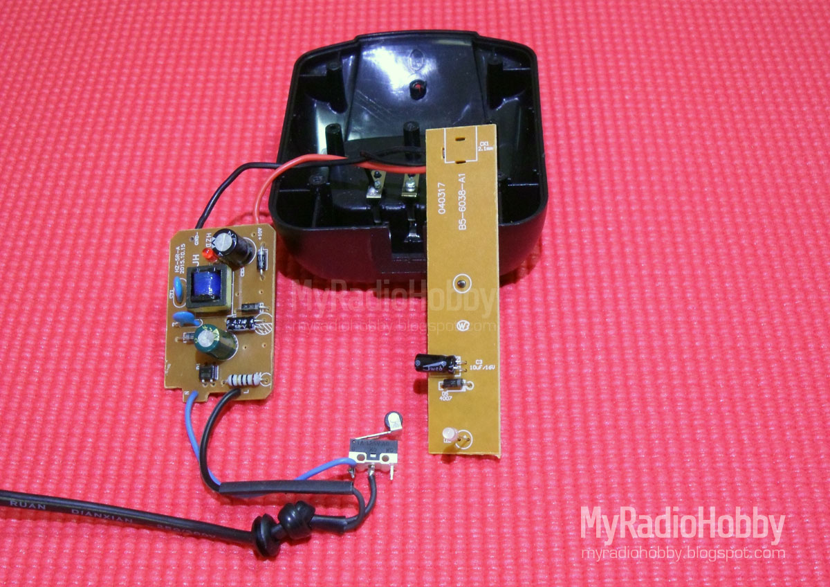 My Radio Hobby: DIY Baofeng Battery Charger base with Auto