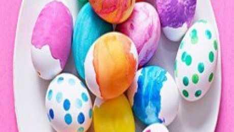 كيفية تلوين بيض شم النسيم بالوان طبيعية بمشاركة اطفالك