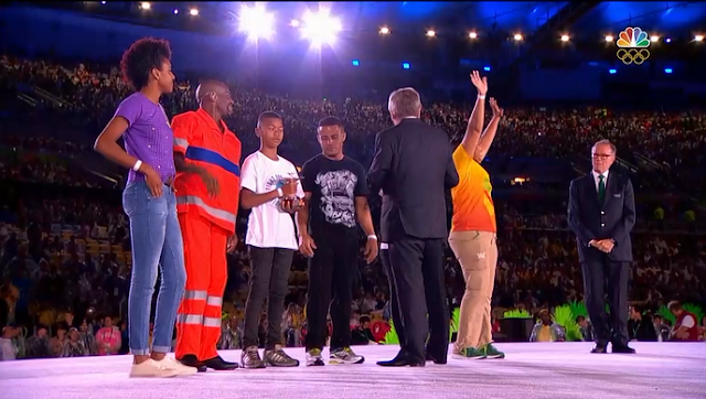 Olympic Cup street people Rio 2016 Olympic Games Closing Ceremony