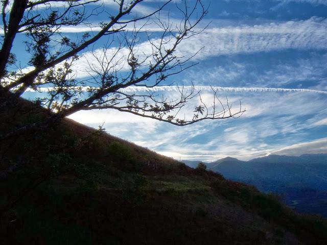 Desde la carretera general Malveo - Casorvia, Lena.
